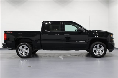 2018 Silverado 1500 Crew Cab 4x4, Pickup #E20385 - photo 8