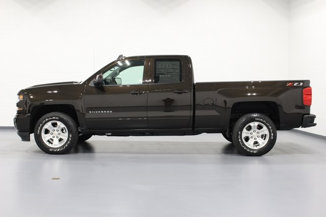 2018 Silverado 1500 Double Cab 4x4,  Pickup #E20410 - photo 5