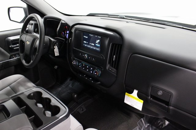 2018 Silverado 1500 Crew Cab 4x4,  Pickup #E20427 - photo 20