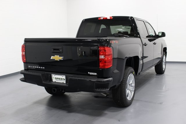 2018 Silverado 1500 Crew Cab 4x4,  Pickup #E20427 - photo 2
