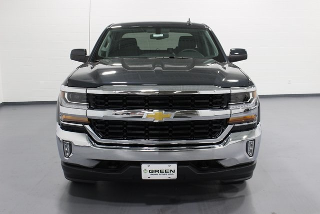 2018 Silverado 1500 Crew Cab 4x4, Pickup #E20452 - photo 3