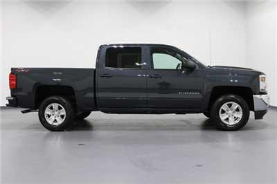 2018 Silverado 1500 Crew Cab 4x4, Pickup #E20452 - photo 8
