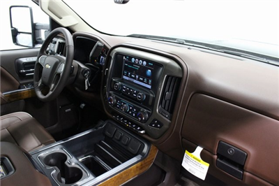 2018 Silverado 2500 Crew Cab 4x4,  Pickup #E20548 - photo 20