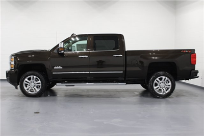 2018 Silverado 2500 Crew Cab 4x4,  Pickup #E20548 - photo 5