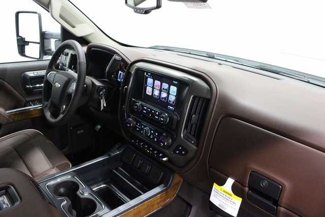 2018 Silverado 2500 Crew Cab 4x4,  Pickup #E20614 - photo 20