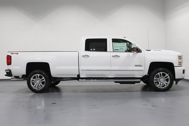 2018 Silverado 2500 Crew Cab 4x4,  Pickup #E20614 - photo 8