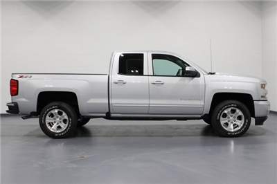2018 Silverado 1500 Double Cab 4x4, Pickup #E20644 - photo 8