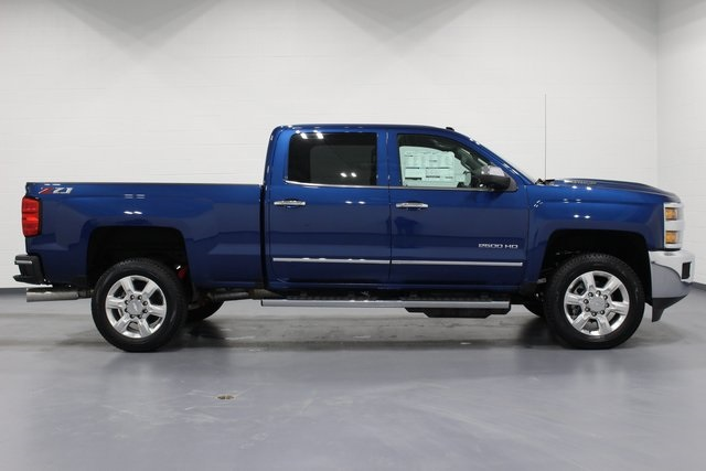 2018 Silverado 2500 Crew Cab 4x4,  Pickup #E20649 - photo 8