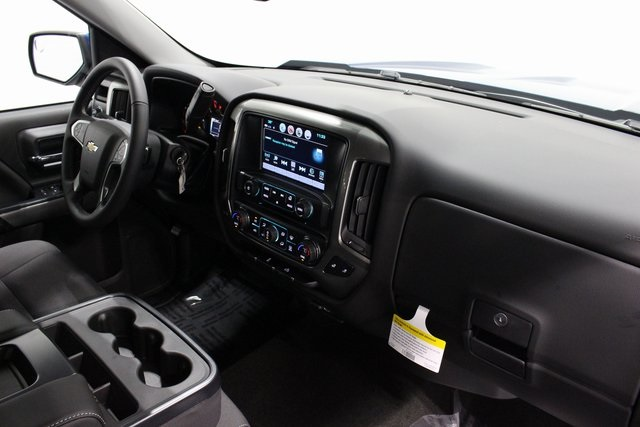 2018 Silverado 1500 Crew Cab 4x4, Pickup #E20753 - photo 20