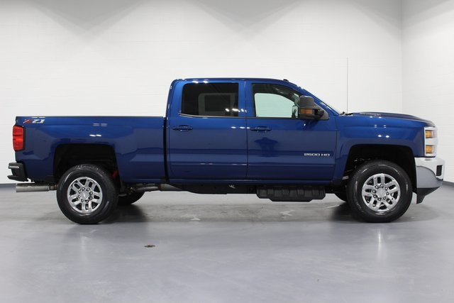 2018 Silverado 2500 Crew Cab 4x4, Pickup #E20785 - photo 8