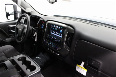 2018 Silverado 2500 Crew Cab 4x4, Pickup #E20785 - photo 20