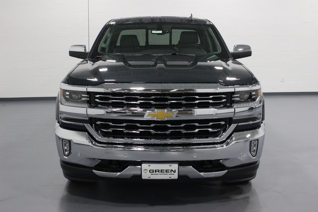 2018 Silverado 1500 Double Cab 4x4,  Pickup #E20793 - photo 3