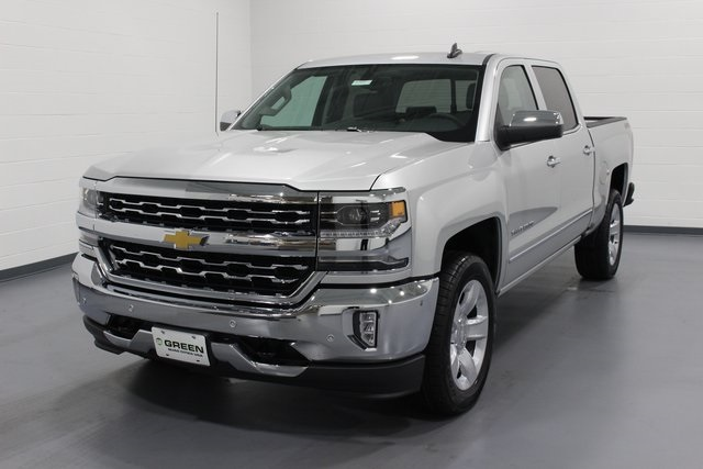 2018 Silverado 1500 Crew Cab 4x4, Pickup #E20811 - photo 4