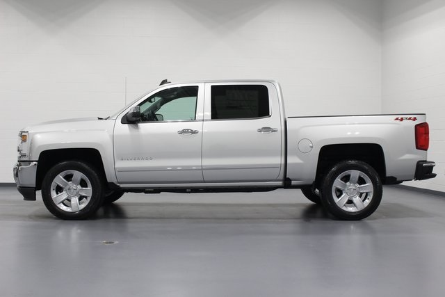 2018 Silverado 1500 Crew Cab 4x4, Pickup #E20811 - photo 5