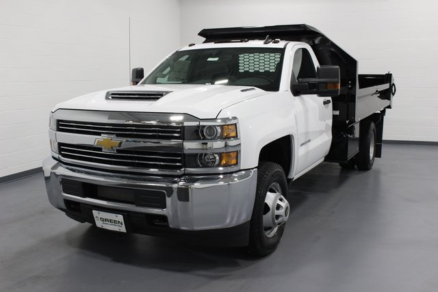 2018 Silverado 3500 Regular Cab DRW 4x4, Dump Body #E20891 - photo 4
