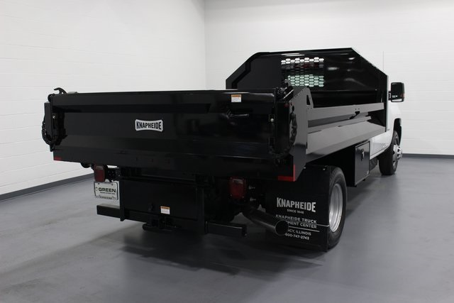 2018 Silverado 3500 Regular Cab DRW 4x4, Dump Body #E20891 - photo 2
