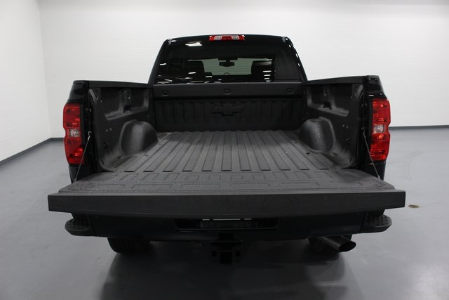 2018 Silverado 2500 Crew Cab 4x4, Pickup #E20913 - photo 40