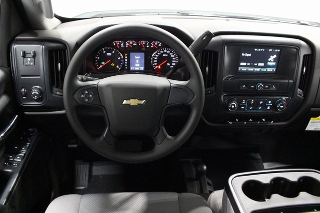 2018 Silverado 3500 Crew Cab 4x4,  Pickup #E20992 - photo 21