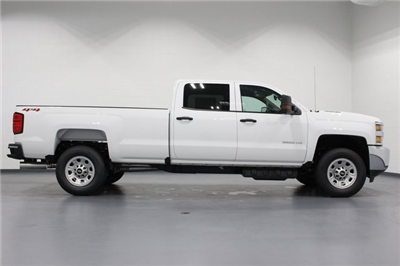 2018 Silverado 3500 Crew Cab 4x4,  Pickup #E20992 - photo 8