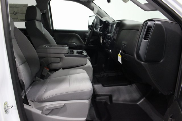 2018 Silverado 2500 Crew Cab 4x4,  Pickup #E21058 - photo 19