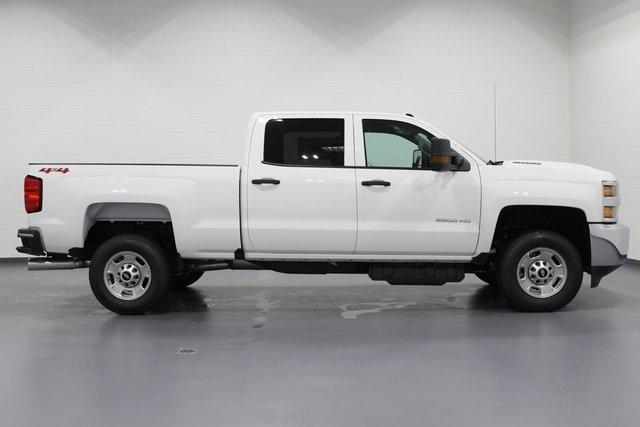 2018 Silverado 2500 Crew Cab 4x4,  Pickup #E21058 - photo 8