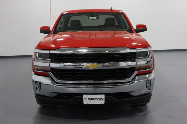 2018 Silverado 1500 Double Cab 4x4,  Pickup #E21090 - photo 3
