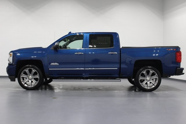 2018 Silverado 1500 Crew Cab 4x4,  Pickup #E21114 - photo 5