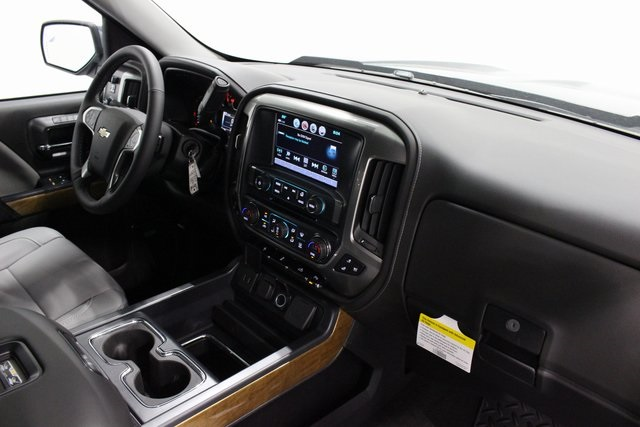 2018 Silverado 1500 Crew Cab 4x4,  Pickup #E21128 - photo 20