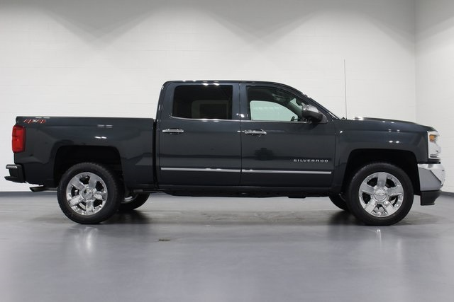 2018 Silverado 1500 Crew Cab 4x4,  Pickup #E21128 - photo 8