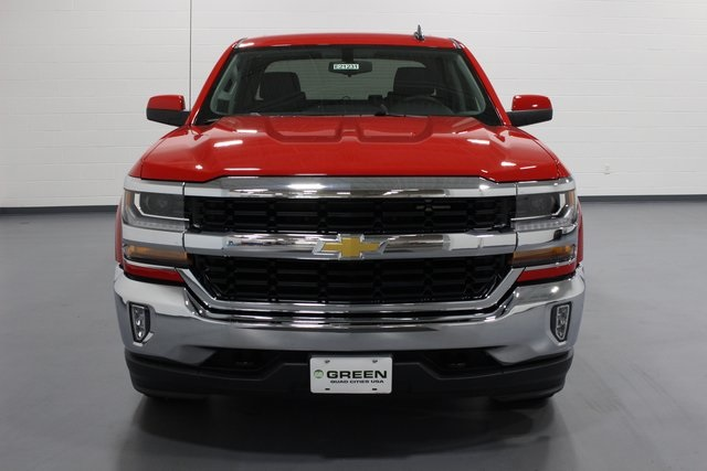 2018 Silverado 1500 Crew Cab 4x4,  Pickup #E21231 - photo 3