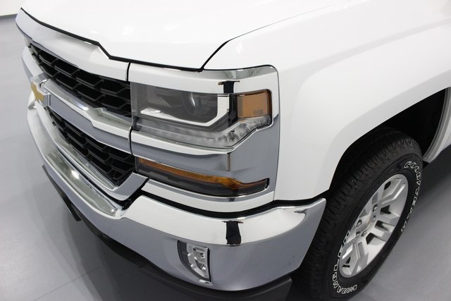 2018 Silverado 1500 Crew Cab 4x4,  Pickup #E21237 - photo 46