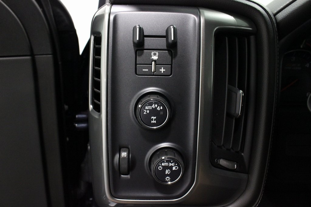 2018 Silverado 1500 Crew Cab 4x4,  Pickup #E21331 - photo 29