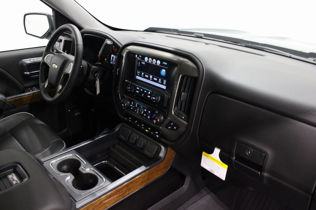 2018 Silverado 1500 Crew Cab 4x4,  Pickup #E21342 - photo 42