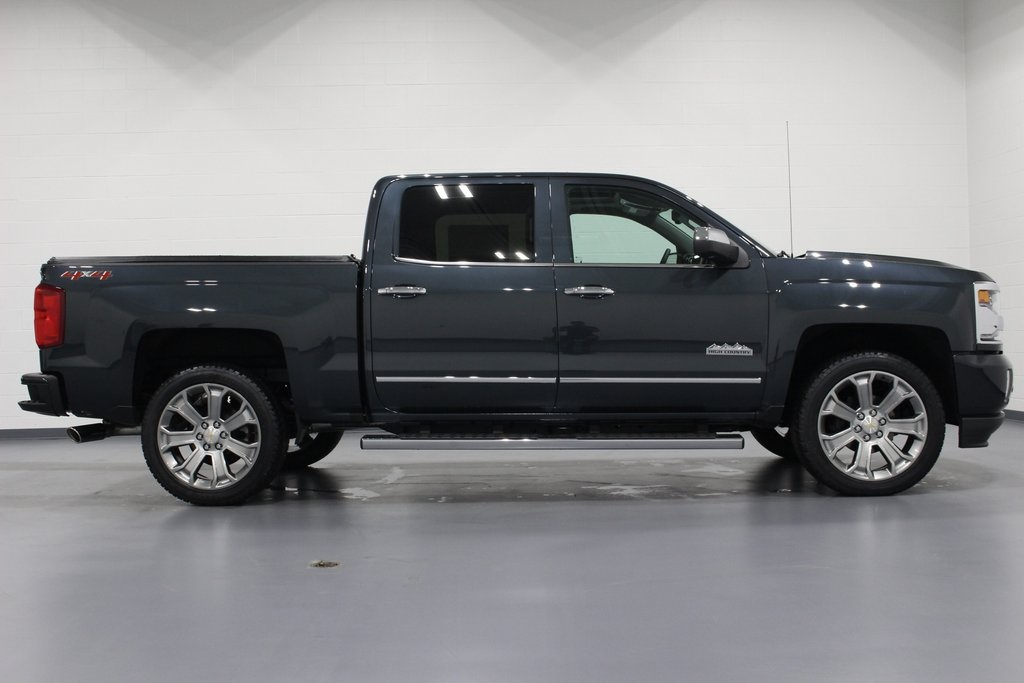 2018 Silverado 1500 Crew Cab 4x4,  Pickup #E21342 - photo 8