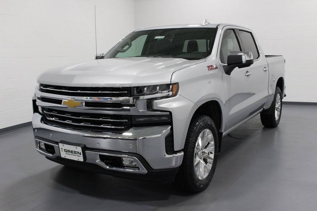 2019 Silverado 1500 Crew Cab 4x4,  Pickup #E21366 - photo 1