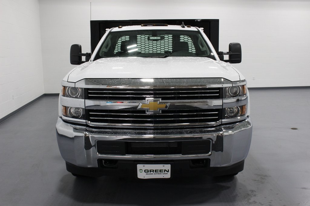 2018 Silverado 3500 Regular Cab DRW 4x2,  Knapheide Platform Body #E21393 - photo 4