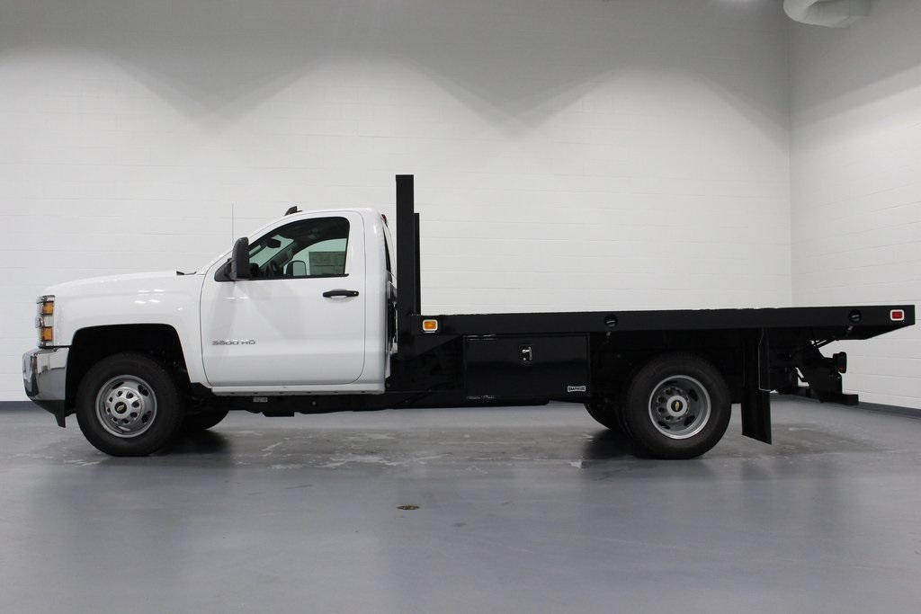 2018 Silverado 3500 Regular Cab DRW 4x2,  Knapheide Platform Body #E21393 - photo 5