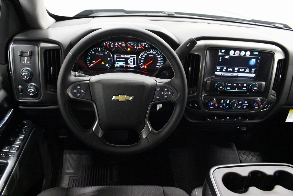 2018 Silverado 1500 Crew Cab 4x4,  Pickup #E21419 - photo 16