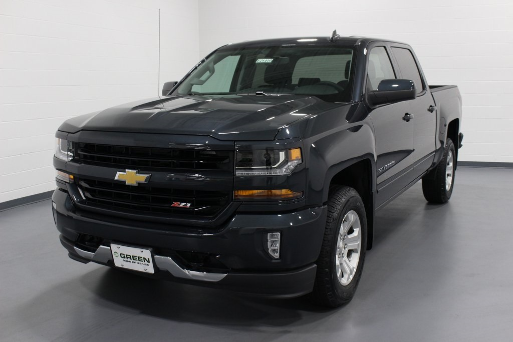 2018 Silverado 1500 Crew Cab 4x4,  Pickup #E21419 - photo 1