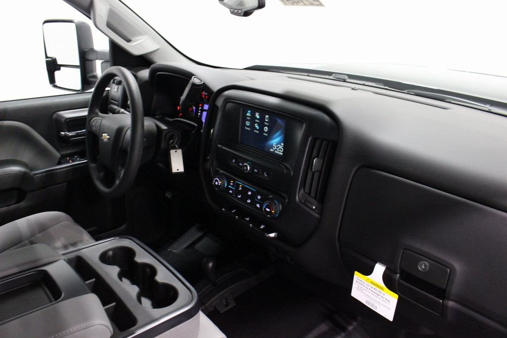 2019 Silverado 2500 Crew Cab 4x4,  Pickup #E21461 - photo 27