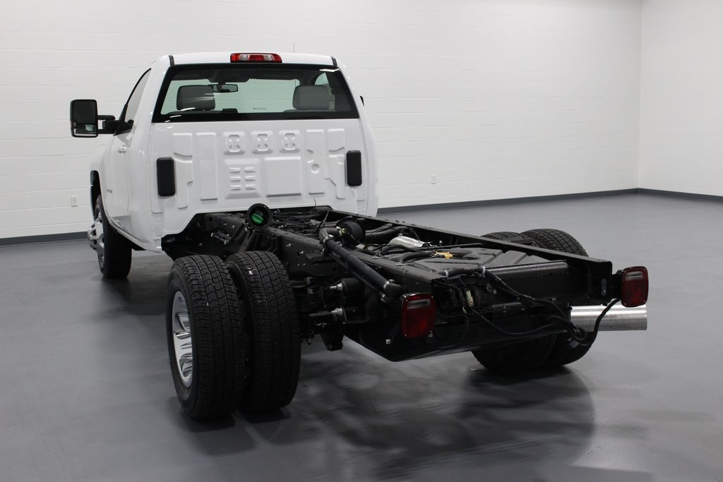 2019 Silverado 3500 Regular Cab DRW 4x4,  Cab Chassis #E21468 - photo 2