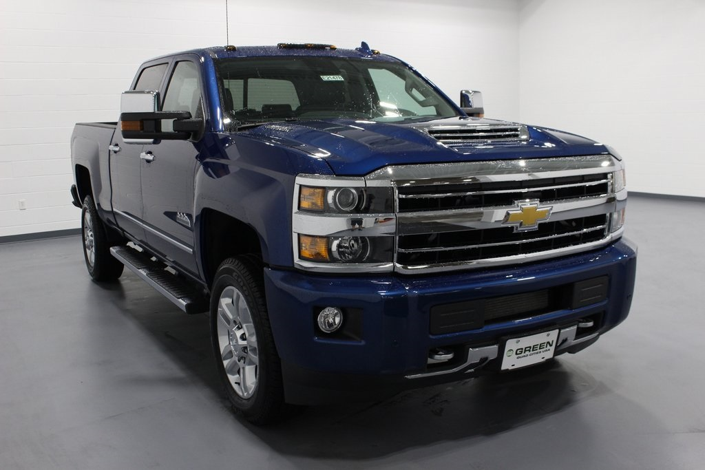 2019 Silverado 2500 Crew Cab 4x4,  Pickup #E21478 - photo 3