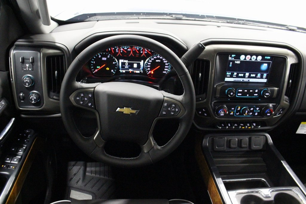 2019 Silverado 2500 Crew Cab 4x4,  Pickup #E21478 - photo 40