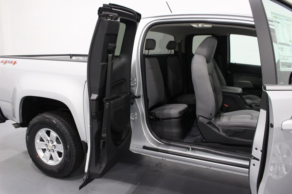 2019 Colorado Extended Cab 4x4,  Pickup #E21595 - photo 25