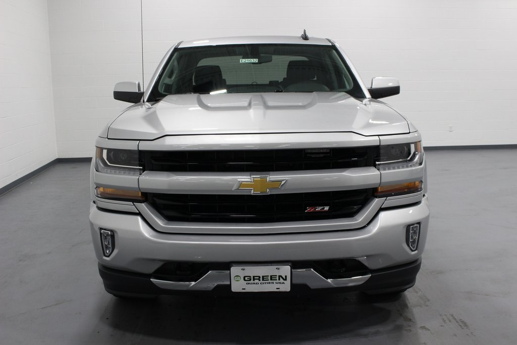 2018 Silverado 1500 Crew Cab 4x4,  Pickup #E21632 - photo 4