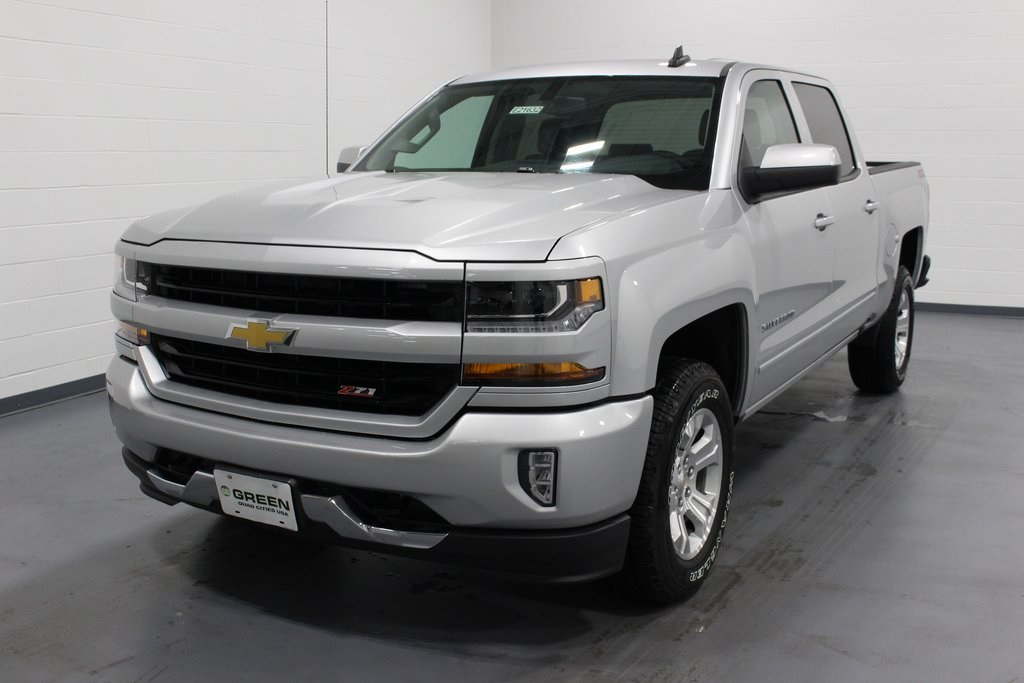 2018 Silverado 1500 Crew Cab 4x4,  Pickup #E21632 - photo 1