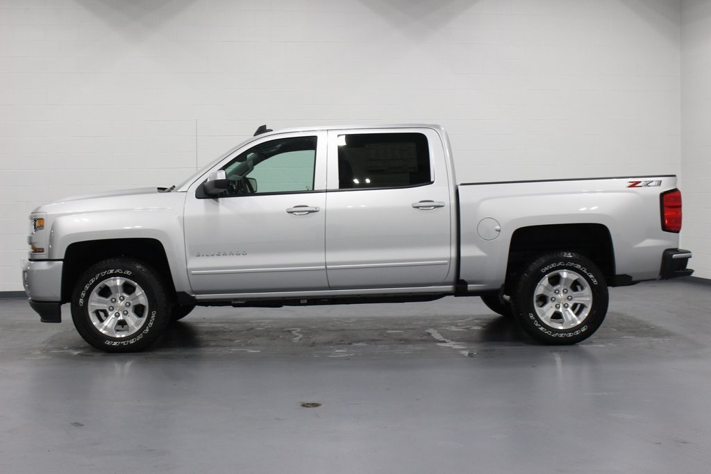 2018 Silverado 1500 Crew Cab 4x4,  Pickup #E21632 - photo 5