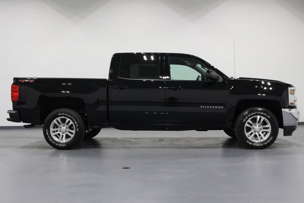 2018 Silverado 1500 Crew Cab 4x4,  Pickup #E21639 - photo 8
