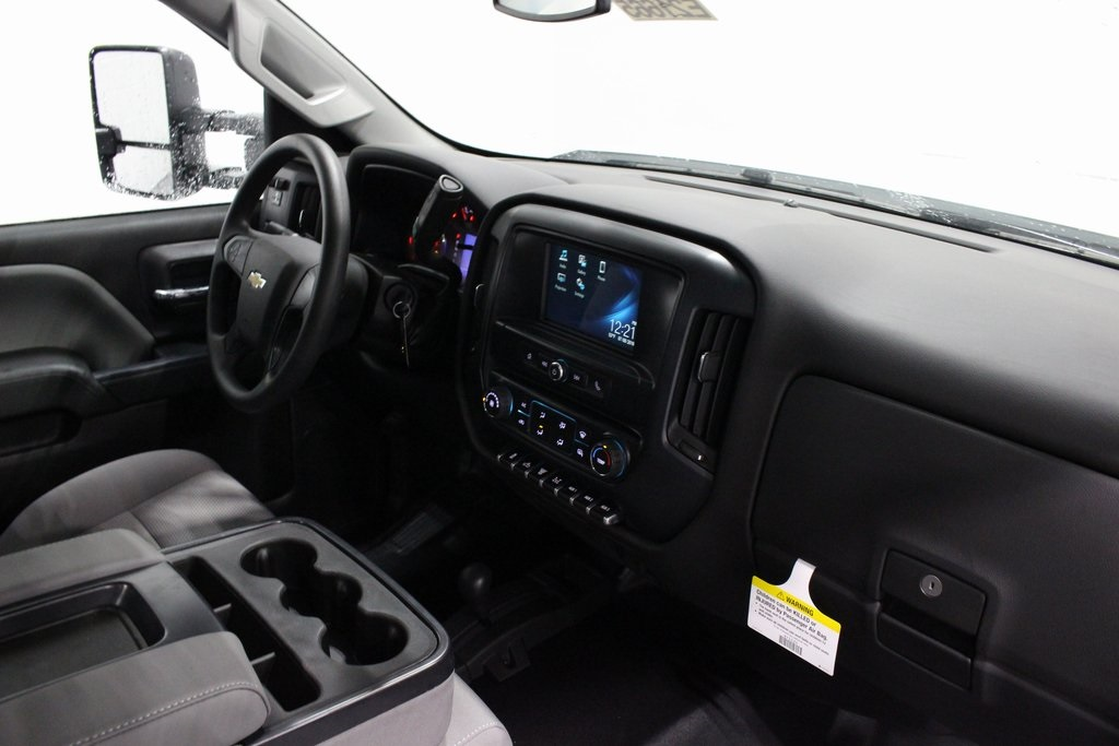 2019 Silverado 3500 Regular Cab DRW 4x4,  Knapheide Dump Body #E21665 - photo 19