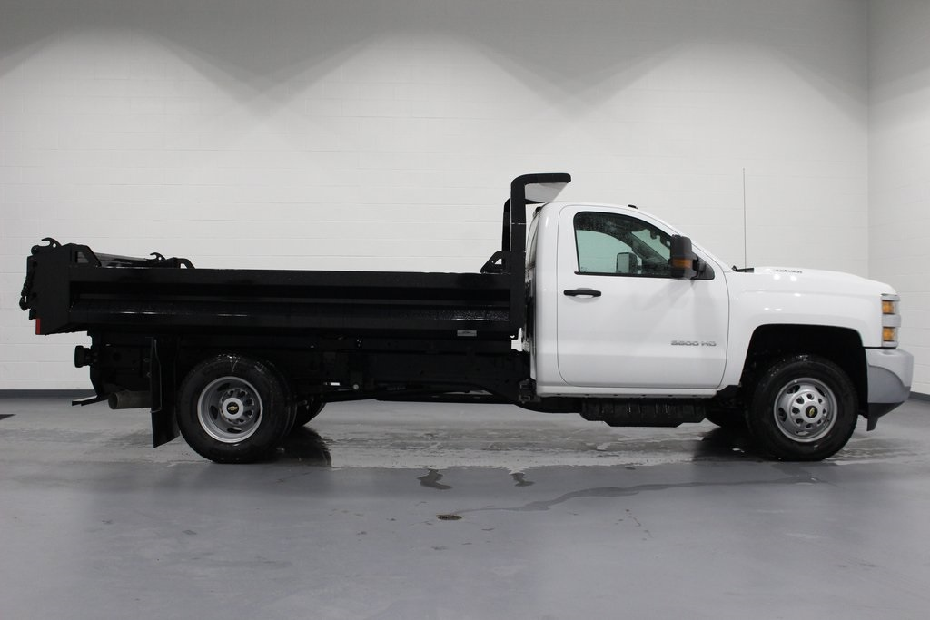 2019 Silverado 3500 Regular Cab DRW 4x4,  Knapheide Dump Body #E21665 - photo 8